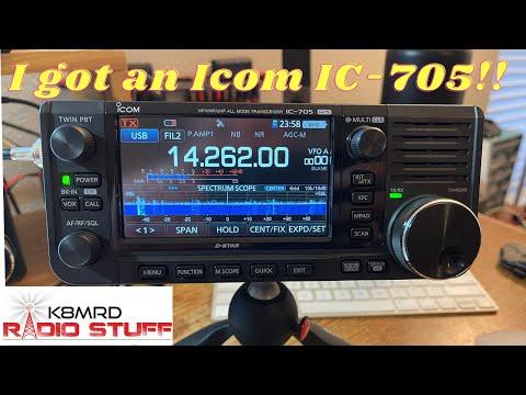 I got an Icom IC-705!!