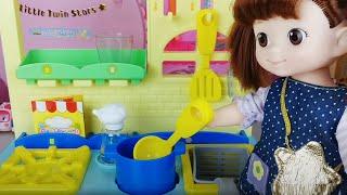 Baby doll kitchen and food cooking toys play 아기인형 주방놀이와 음식 요리놀이 장난감놀이 - 토이몽