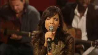 Indila - Run Run (Live - Paris)