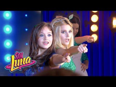 Las chicas cantan A rodar mi vida | Momento Musical (con letra) | Soy Luna