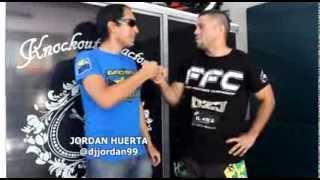 Andrés Sanchez (Colombia) promete mandarle la moto a Gustavo Torres (Perú) en el FFC VI