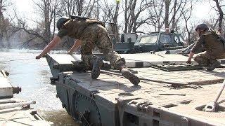 Суворі будні військових інженерів