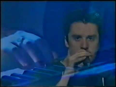 Faith No More - Evidence (Live Hey Hey It's Saturday 1995)