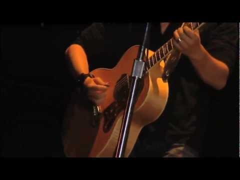 Nickelback - Savin' Me (Live 2007)