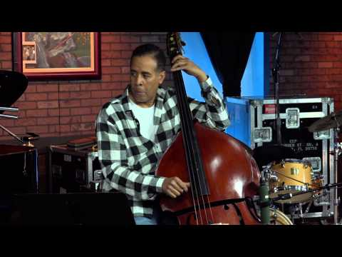 """No Mystery"" : Chick & Stanley Clarke Play Return to Forever Classic as Acoustic Duet"