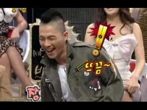 BigBang Taeyang is showing his greeting by dance