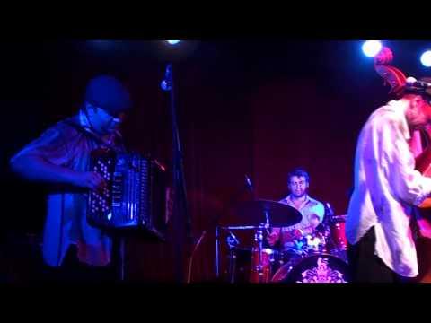 Billy's Band в клубе 16 ТОНН 29.07.2011 - Парижские сезоны