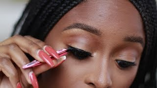 How to apply false eyelashes for beginners: Basic Step by Step tutorial