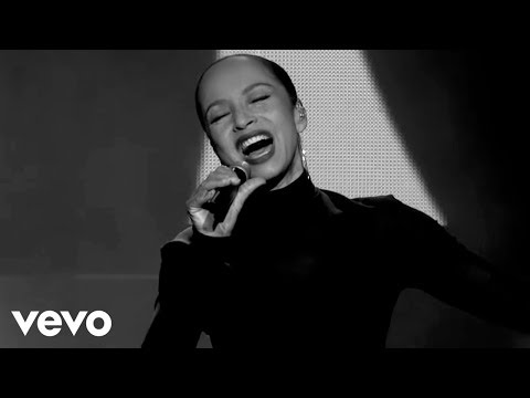 Sade - Love Is Found (Live 2011)