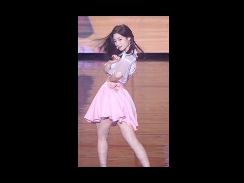 180130 다이아 (DIA) - 나랑사귈래 [채연] Chae Yeon 직캠 Fancam (평창올림픽G-10행사 KBS아레나) by Mera