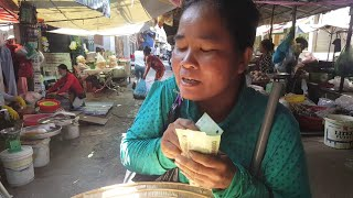 Em gái mù sờ tiền nói mệnh giá khiến Việt Kiều Pháp kinh ngạc