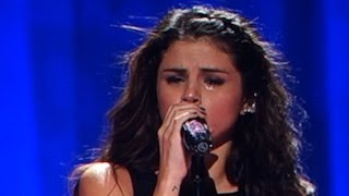 """Selena Gomez Crying For Justin Bieber While Singing """"Love Will Remember"""" - Stars Dance Tour"""