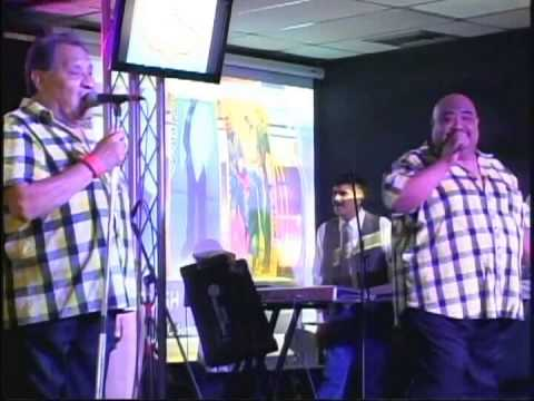GRUPO FLASH EN VIVO EN MI MERCADO