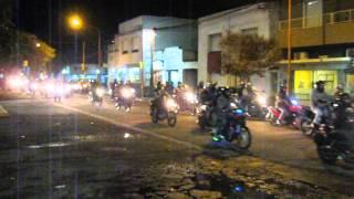 Multitudinario reclamo de motociclistas por el uso de chalecos