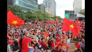 Khỏa thân Mừng chiến thắng U23 Việt Nam-Bảo tại sài gòn 3