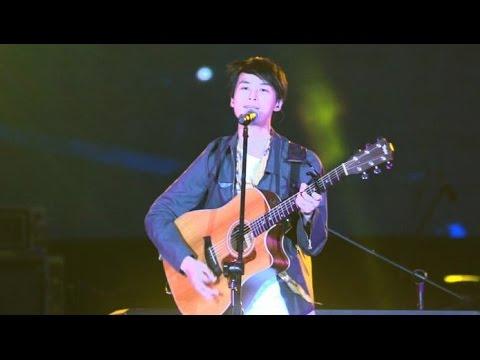 嚴爵:暫時的男朋友+好的情人+U.S.A+好的事情(2014新北市耶誕城演唱會)(SONY A7S)