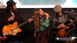Jakob Dylan & ECHO IN THE CANYON band live performance