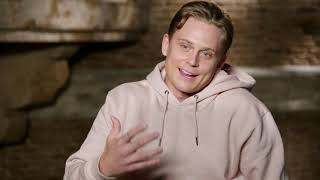 Aladdin - Itw Billy Magnussen (official video)