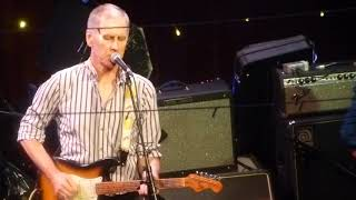 Robert Forster Live Glasgow -Surfing Magazines