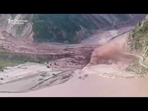 Land slide in the Tajik valley