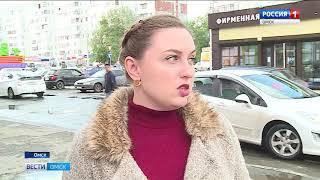 С затопленных улиц Омска активно откачивают воду