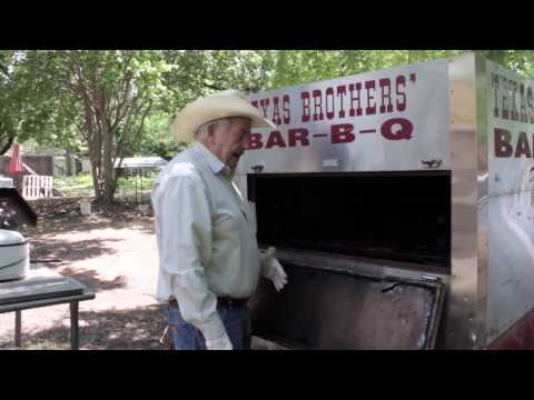 Part 2  How To Cook Texas BBQ - Smoke Pork Spare Ribs with Dry Rub