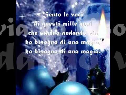 Testo Canzone Auguri Di Buon Natale.Buon Natale Di Enzo Iacchetti Testo Sanzoni Di Natale