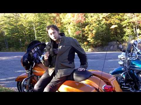 Alex's Street Glide 2014 Video Review