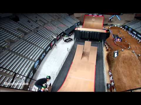 MegaRamp - Barcelona, 2013 II Skate Practice