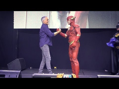 Emotional Farewell to John Wesley Shipp with The Cave at Comic-con Ecuador