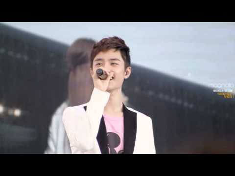 [fancam] 120818 Dear My Family - Opening D.O. focus @ SMTown in seoul