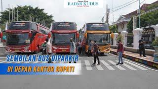 Protes PPKM, Bus Pariwisata di Pati Gelar Aksi di Alun-Alun Pati