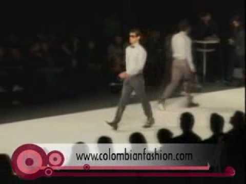 Ricardo Pava Circulo de la Moda 2010 (Parte 1)