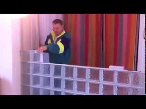 mur en paves de verre renovation separation cloison. Black Bedroom Furniture Sets. Home Design Ideas