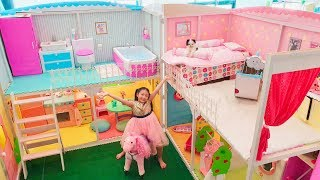 Bug 24 Hours in Giant Barbie Doll House