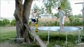 VIDEO: Những tình huống tai nạn cười ra nước mắt (P6)