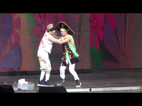 HD[FanCam] SHINee World in Chile - SHINee bailando