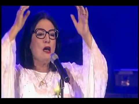 Nana Mouskouri - Le Ciel Est Noir - Live In Berlin - 2006 -