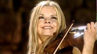 Celtic Woman - Shenandoah - The Pacific Slope (Máiréad Nesbitt)
