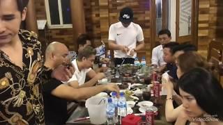 Dàn ngôi sao ca sĩ tụ họp tại nhà Châu Khải Phong