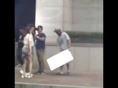 [Fancam] Eric Mun and Seo Hyun Jin BTS (4)