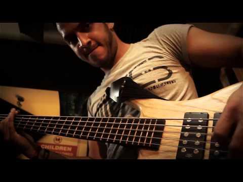 Killswitch Engage - A Bid Farewell (Bass Cover) Darkglass B3K test