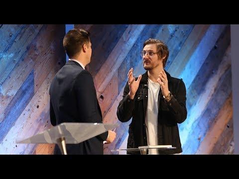 Bobby talks with author Jarrid Wilson