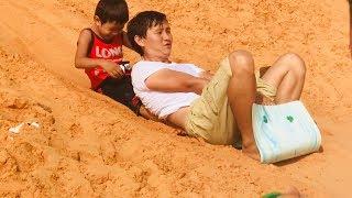 Stin Dâu - Chơi trượt cát ở Đồi cát bay Mũi Né quá vui (^_^) - Sliding sand