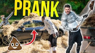 FILLING JEZZA'S CAR WITH MANURE!! 💩