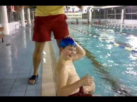 Como ponerse un gorro de natación!!!