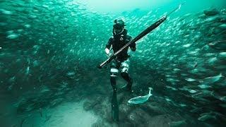 Exploring GIANT BaitBall DEEP In Ocean!! (Unbelievable)