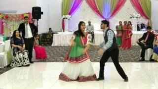 Couple  Dance in Baby Shower on sari ke fall sa.....