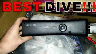 FOUND MY FIRST XBOX 360 SLIM!!! Gamestop Dumpster Dive Night #259