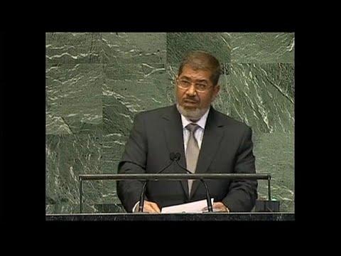 Muere en detención el antiguo presidente de Egipto Mohamed Morsi